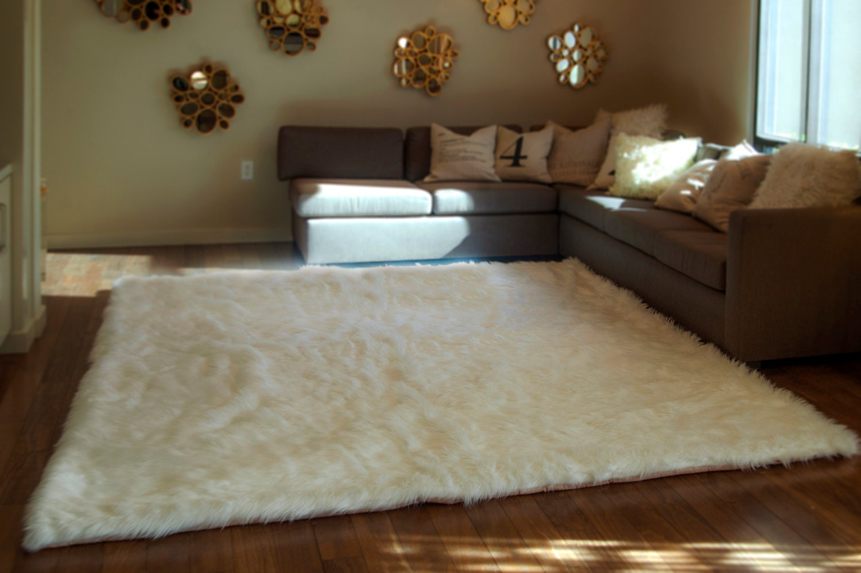 8' x 10' white shaggy fur faux fur rug rectangle shape