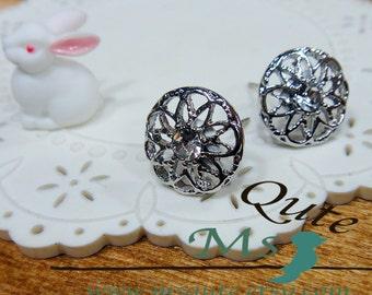 Sparkling rhinestone stud earrings - Starry