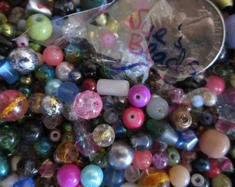 1000 Nice Mixed Glass beads Assortment Good Quality US shipped