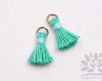 T000-CO-ES// Emerald, Sky Blue Cotton Tassel Pendant, 4pcs, 18mm