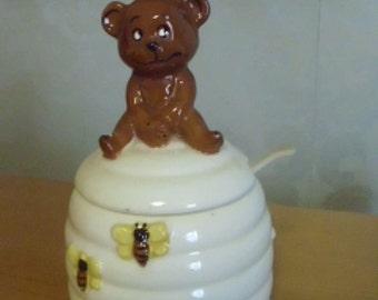 Vintage ceramic 50's 60's Brown Bear and Bumble bee Honey Jar UK