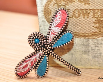 Dragonfly felt brooch Pin gift for woman Brooch pin felt Zipper jewelry Brooch pin for her Pin woodland Insects jewelry Dragonflies brooches