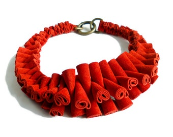 Stunning Conversational Genuine Cow Suede Leather Necklace - Red