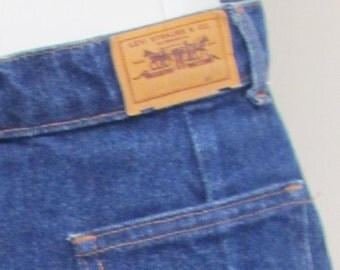 On Sale-1980's LEVIS DENIM Jean Skirt