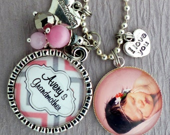 Personalized Photo Keychain, Mother Grandma Necklace New Mom Photo Necklace Children's Names Nana Mimi Gigi Pink Grey, Mothers Day Gift