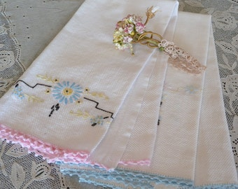 Set of Two Vintage Linen Floral Embroidered and Lace Edged Vintage Huck Hand Towels