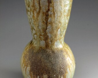 Shigaraki, anagama, ten-day anagama wood firing, with natural ash deposits flower vase. hana-56