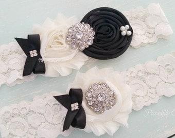Black and Ivory Wedding Garter, Wedding Garter Set, Bridal Garter, Lace Garter, Custom Garter, Toss Garter Included