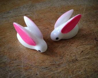 2 - Bunny Rabbit Terrarium Supplies Pendant Charm White Bunnies Rabbits Charms Jewelry Supplies (F069)