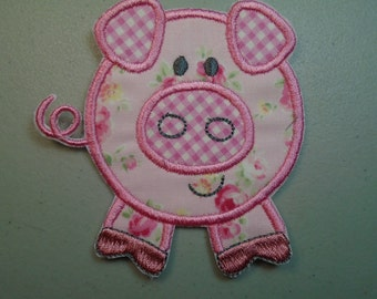 Barnyard pig embroidered iron on applique  patch