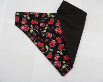 Black Valentine's Day Dog Bandana - red hearts and roses, Cat Bandana