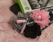 Call Of Duty Shabby Chiffon Light Pink & Gray Flower Headband Or Hair Clip Photo Prop Bow Newborn Girls Baby Felt Rose HEART Gamer