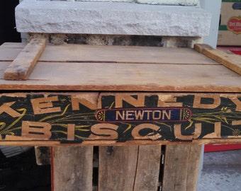 Vintage Antique Kennedy Biscuit Wooden Flip Top Crate