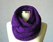Christmas SALE, infinity scarf, chunky Cowl scarf, hood loop, unisex, circle scarf, cowl scarf, chunky scarves, knit scarf