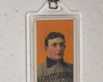 1909/11 t206 tobacco honus wagner piedmont back vg condition in a keychain