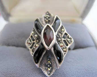 Sterling Garnet Ring - Onyx Marcasites - Size 9