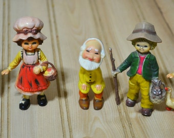 Vintage Hard Plastic Figurines  Country  Gnome Boy Girl  Made in Hong Kong  Set of 5
