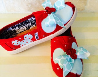 On Sale! Kids Disney custom Toms size 1.5 youth READY NOW