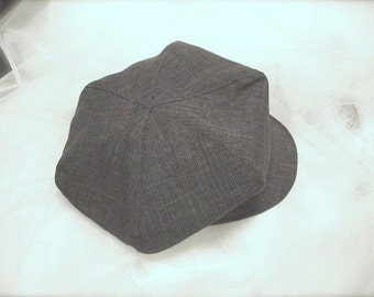 Vintage CHARCOAL grey with hint of brown tint newsboy hat, beret for boys, Great Gatsby hat