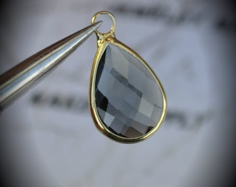Gold Plated Bezel Brass Faceted Glass Tear Drop Pendant -Gray