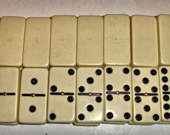 Set White Dominoes With Metal Spinner in Middle of Dominoe Vintage Lot no. CC