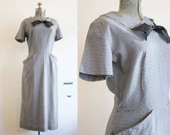 1950's Gingham Dress / Black and White Wiggle Dress / Large XLarge