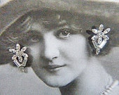 "Vintage ""SARAH COVENTRY"" Rhinestone Screwback Earrings - V-EAR-539 - Sarah Coventry Rhinestone Earrings"