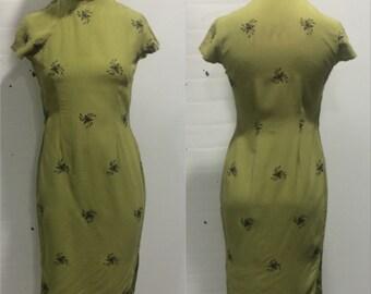 1960s Green Embroidered Cheongsam