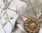 Unique necklace with mand...