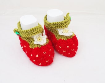 Cute Baby Booties, Strawberry Booties,Hand Knit Strawberry Booties,  Red and Green Booties,Baby Slippers, Sandals, UK Seller