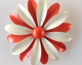 vintage orange daisy brooch pin | 1960s | 60s | mod brooch | daisy brooch | vintage brooch