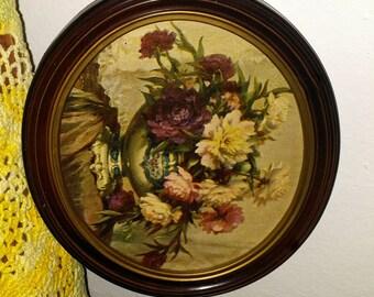 Vintage Framed Floral Arrangement Oval..Lithiograph