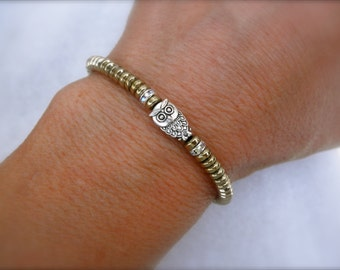Tiny owl with gold beads bracelet