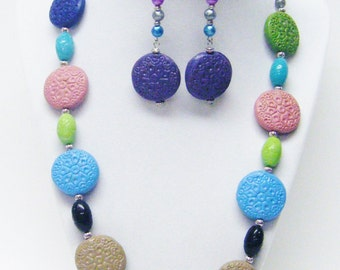 Multi Color Etched Flat Round Acrylic Beads Necklace & Earrings Set