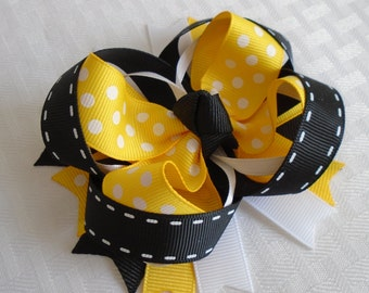 Bumblebee Hair bow Girls Bee Bow Black Yellow White Polka Dot Hair bow Girls Baby Bows Spring Summer Bow Bumblebee Bows Twisted Boutique Bow
