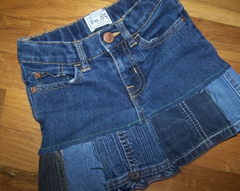Lil' Hags......upcycled girls denim skirt.....Place Est. 89.....size 5......Free shipping in US....