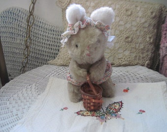 Sweet Vintage Little Bunny Rabbit,Stuffed Bunny,Stuffed Rabbit,Stuffed Vintage Rabbit,Rabbit,Bunny,Vintage Stuffed Animals,