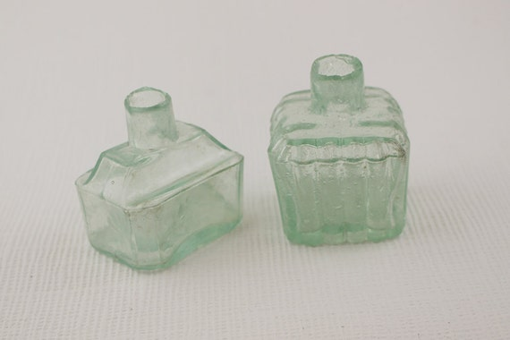 2 Vintage Clear Green Glass Ink Well Small Inkwell Square And