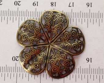1pcs-35mm antique brass flower filigree connector, findings, pendant, focal point for necklace