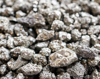 Pyrite nuggets - golden pyrite clusters. gold pyrite chunks. 6-8mm gold pyrite. fool's gold. pyrite gems