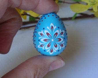 Quail Easter Egg, Quail Egg Pysanka in Blue, Wax Embossed Easter Egg, Polish Pisanka