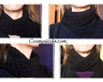 Moebius crochet neck warmer. Infinity scarf. Made in Italy. All sizes and colors