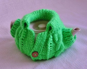 Light green tea cozy