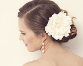 Ivory hair flower, Bridal hair accessories,Ivory fabric flower, Bridal hair clip, Floral hair piece