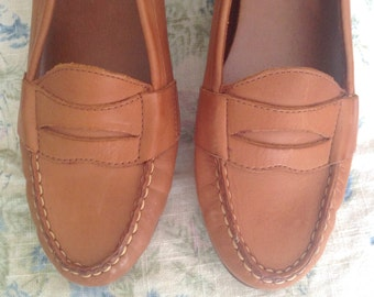 Vintage Brown Leather Penny Loafers