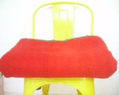 Old wool blanket INTENSE RED