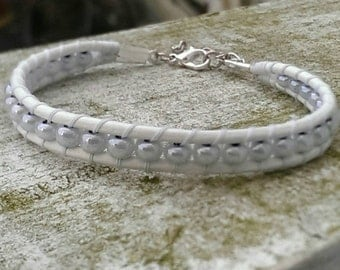 Wrap Leather Bracelet-white with white rocailles-Wedding jewelry