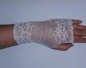 Wedding Stretchy white Lace Fingerless Gloves Wrist Cuffs Handmade