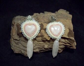 Heart Earrings in rose quartz.