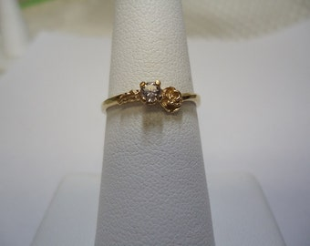 Round Cut Champagne Diamond Ring in 10K Yellow Gold